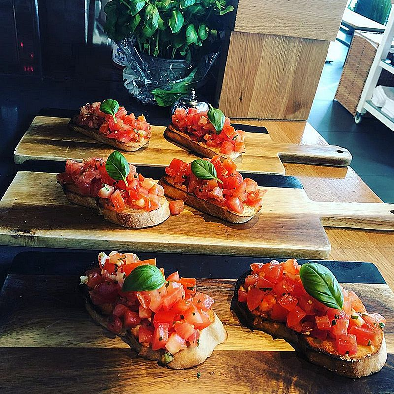 Bruscheta bij Italiaans restaurant Gusto Di ItALB in Den Haag