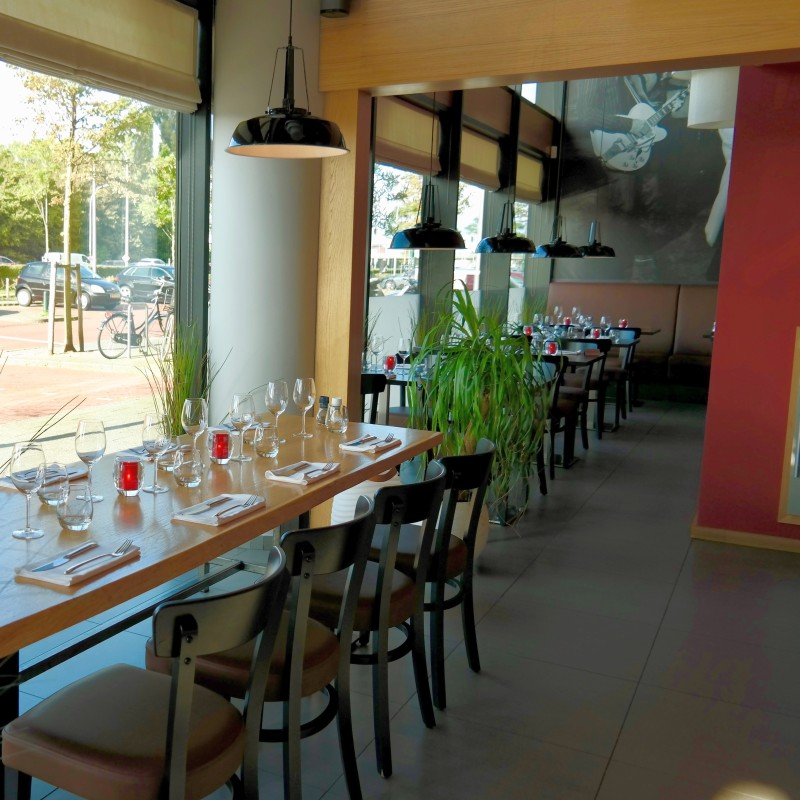 Interieur Italiaans restaurant Gusto do Italb Den Haag